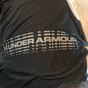 Under Armour Loose Large Long Sleeve